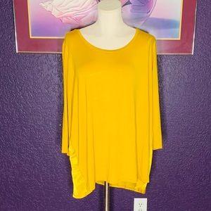 H by Halston blouse. •SZ1X